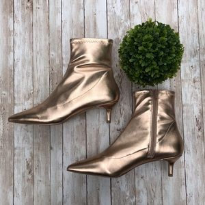 Free People Marilyn Gold Metallic Kitten Heel Boot